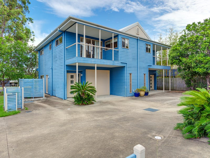 1 17 BASS STREET, Tin Can Bay, Qld 4580