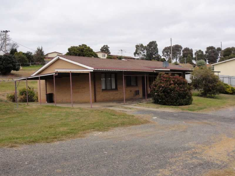 Unit 1 & 2,31 Tom Street, Gundagai, NSW 2722