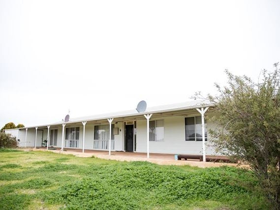 24344 Great Eastern Highway, Merredin, WA 6415