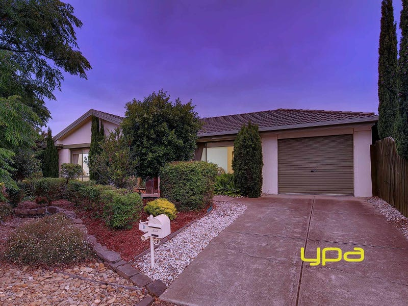 8 Serrata Court, Hillside, Vic 3037