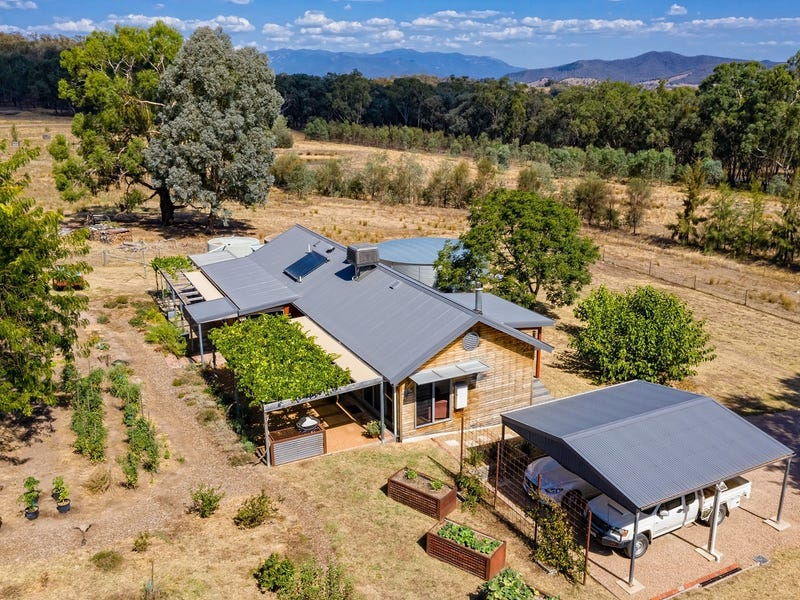3539 Great Alpine Rd, Myrtleford, Vic 3737