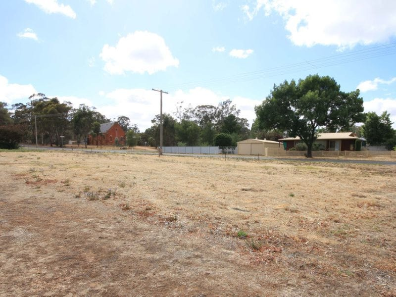 46  Broadway, Dunolly, Vic 3472