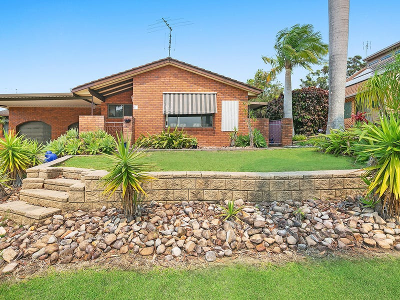 1/10 David Watt Close, Sawtell, NSW 2452