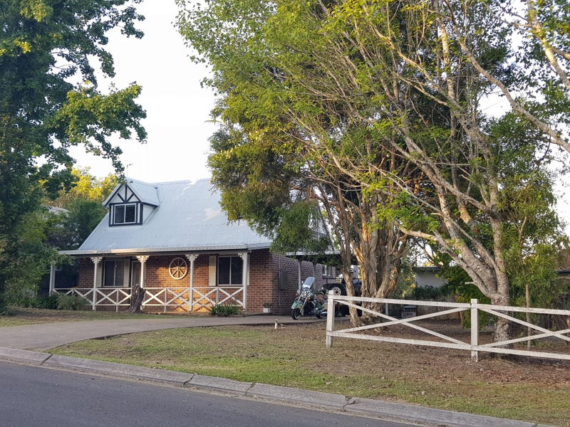 1 Emu Walk, Mapleton, Qld 4560