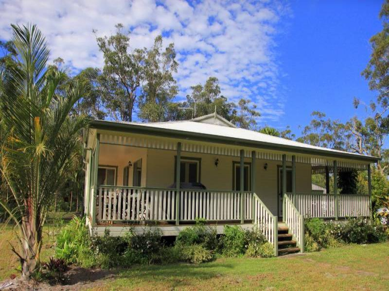 965 Brooms Head Road, Taloumbi, NSW 2463