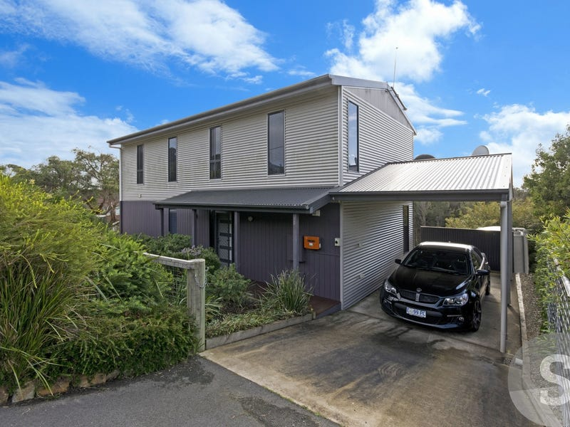 65 Beach Crescent, Greens Beach, Tas 7270
