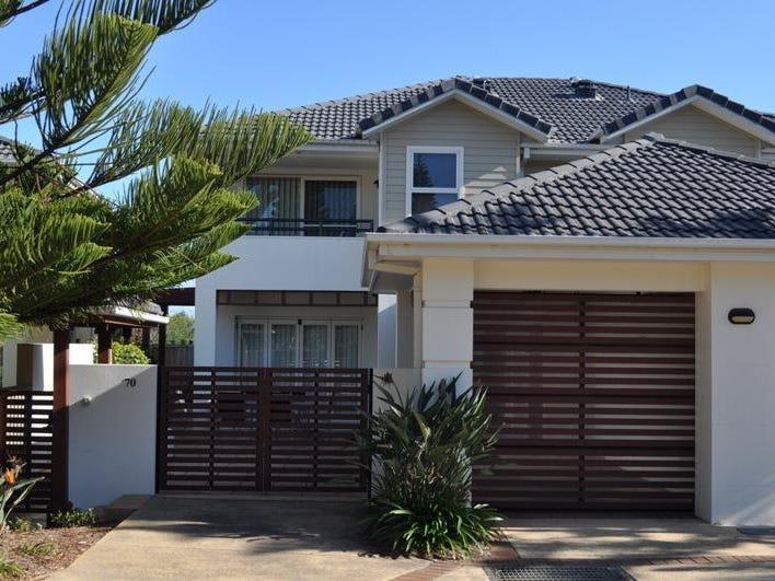 Villa 70/20 Pacific Parade, Yamba, NSW 2464