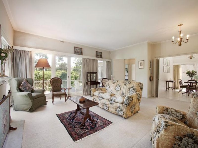 9 Carnsworth Avenue, Kew, Vic 3101