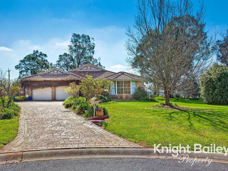 19 Victor Crescent, Moss Vale, NSW 2577