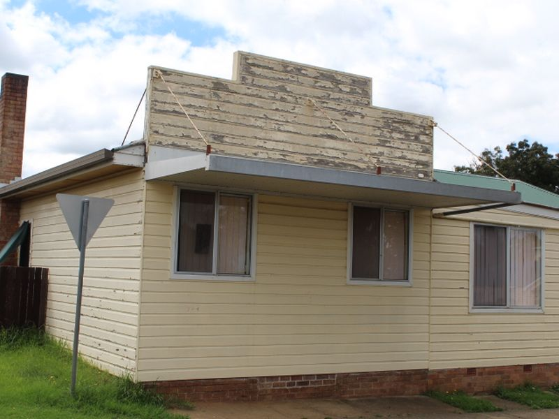96 Wentworth St, Glen Innes, NSW 2370