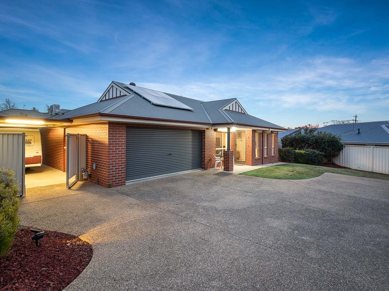 2/5 Donnolley Court, Lavington, NSW 2641