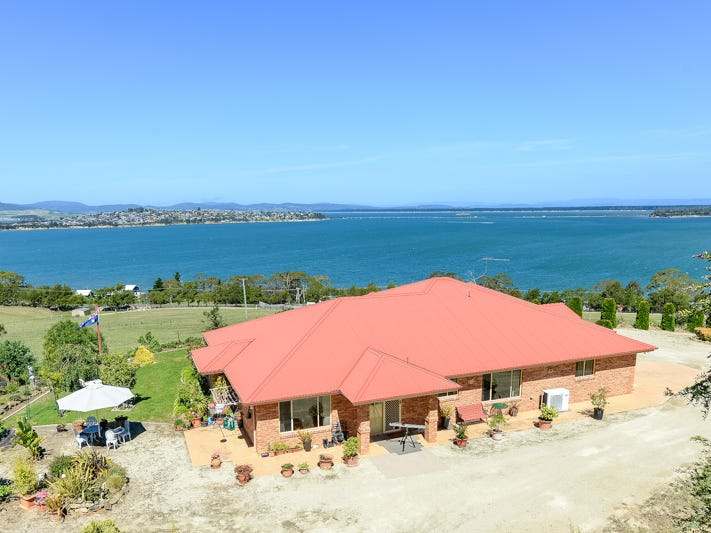 500 Shark Point Road, Penna, Tas 7171