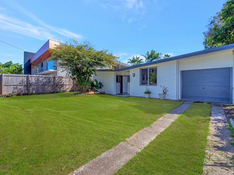 34 Rutherford Street, Cairns North, Qld 4870