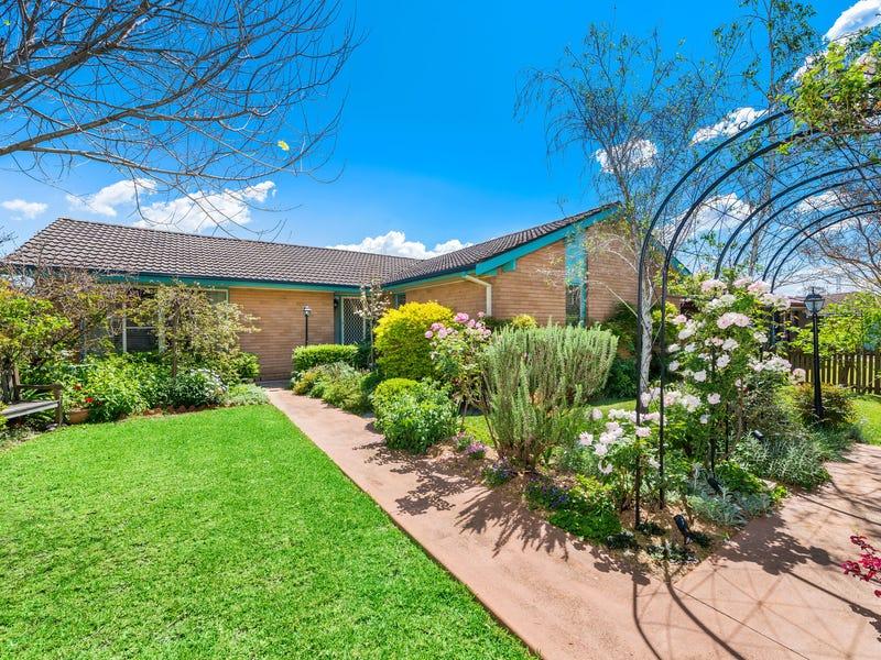 2 Piquet Place, Toongabbie, NSW 2146