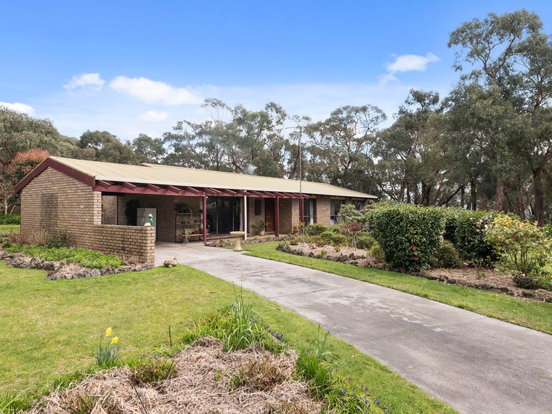 76 Main Road, Gellibrand, Vic 3239