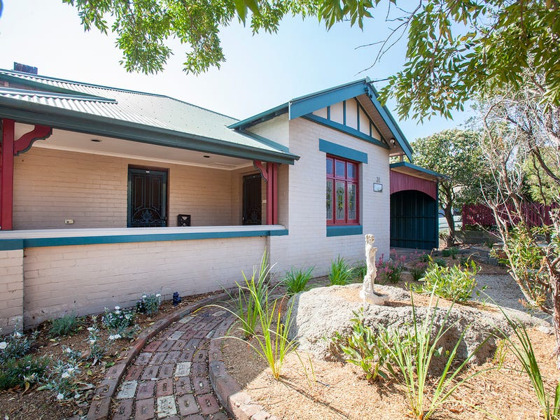 31 George St, East Maitland, NSW 2323