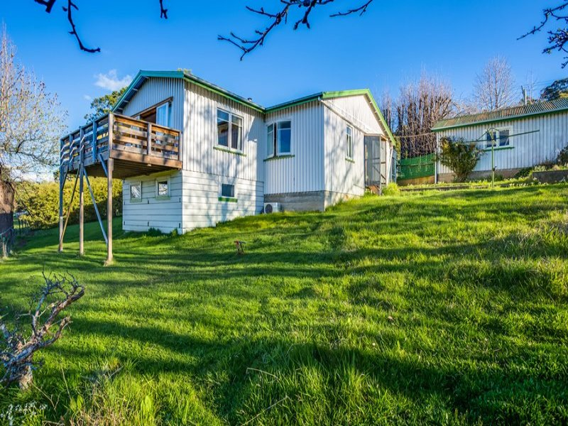 18 Main Road, Lanena, Tas 7275