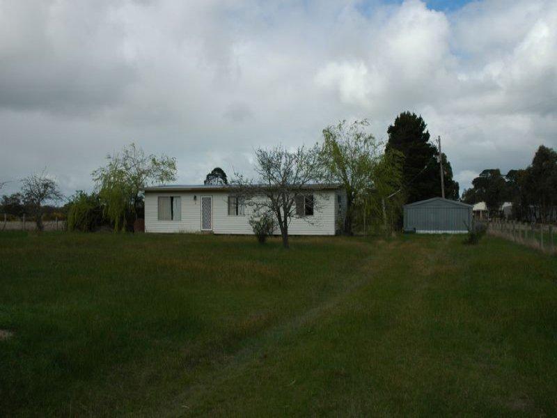 82 Mt Doran-Egerton Rd, Mount Doran, Vic 3334