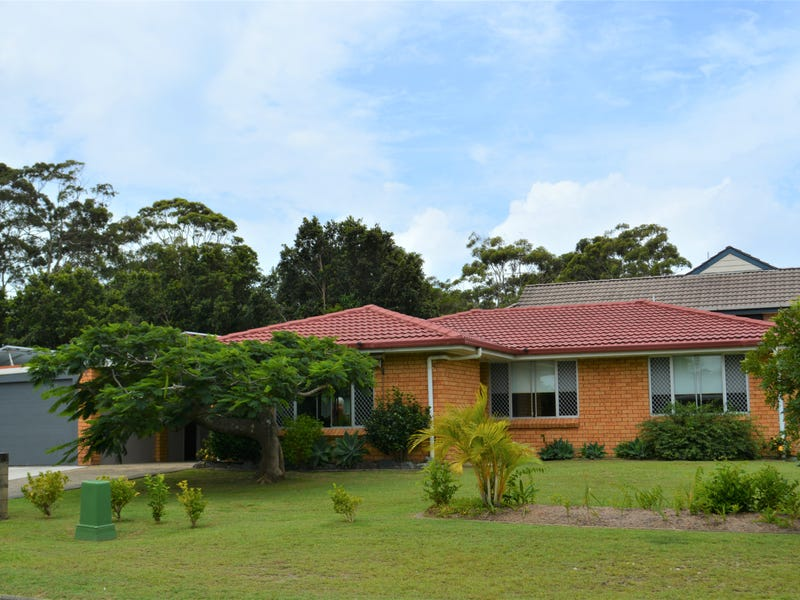 1 Kim Close, Woolgoolga, NSW 2456