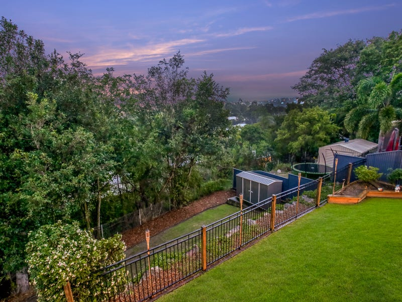 25 View Crescent, Arana Hills, Qld 4054