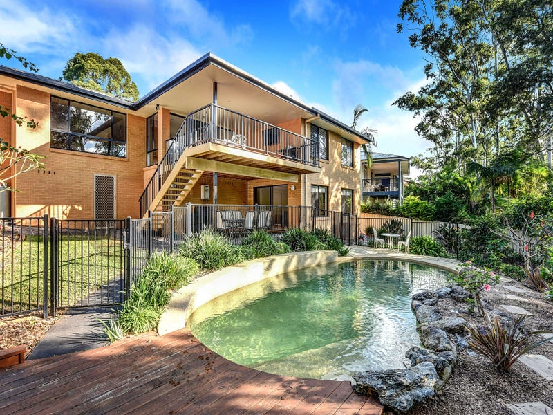 301 Crestwood Drive, Port Macquarie