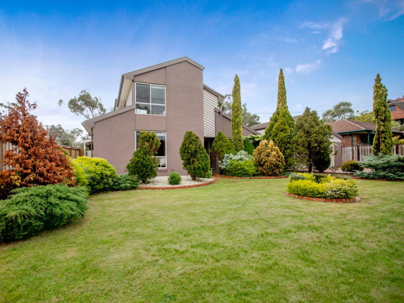 8 Tern Grove, Mount Eliza, Vic 3930