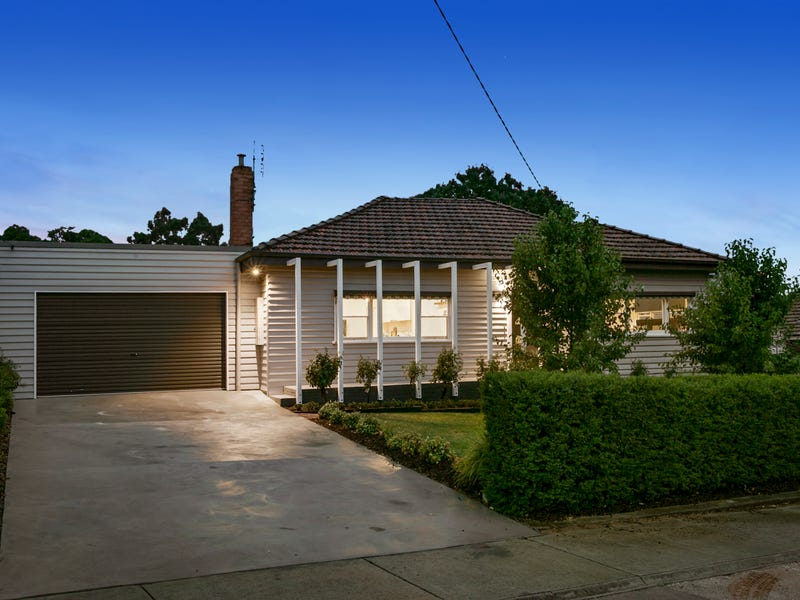 98 Maple Street, Golden Square, Vic 3555
