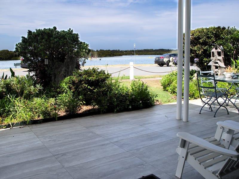 2/67  Marine Drive, Tea Gardens, NSW 2324