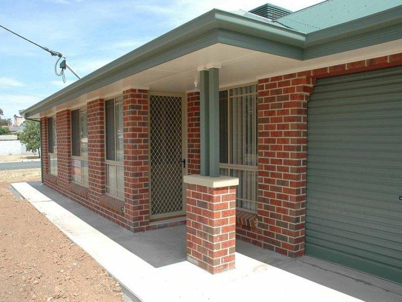 2/27 Elm Avenue, Henty, NSW 2658