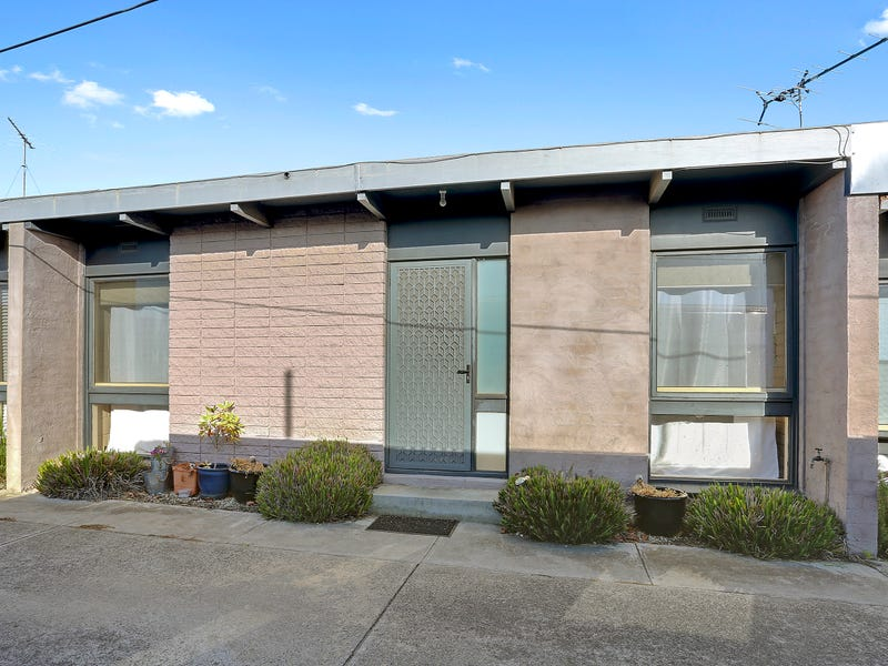 3/15 Buxton Road, Herne Hill, Vic 3218