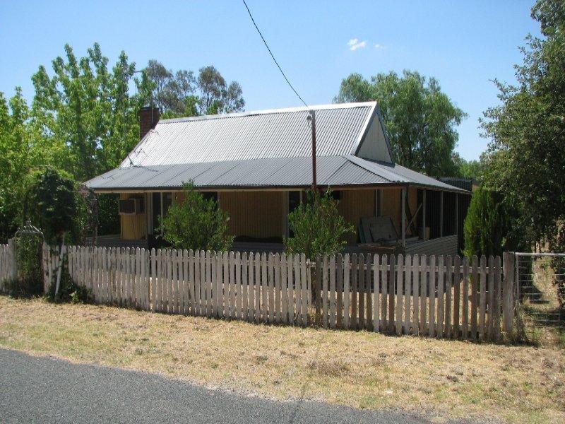10 Edwards Square, Greenethorpe, NSW 2809