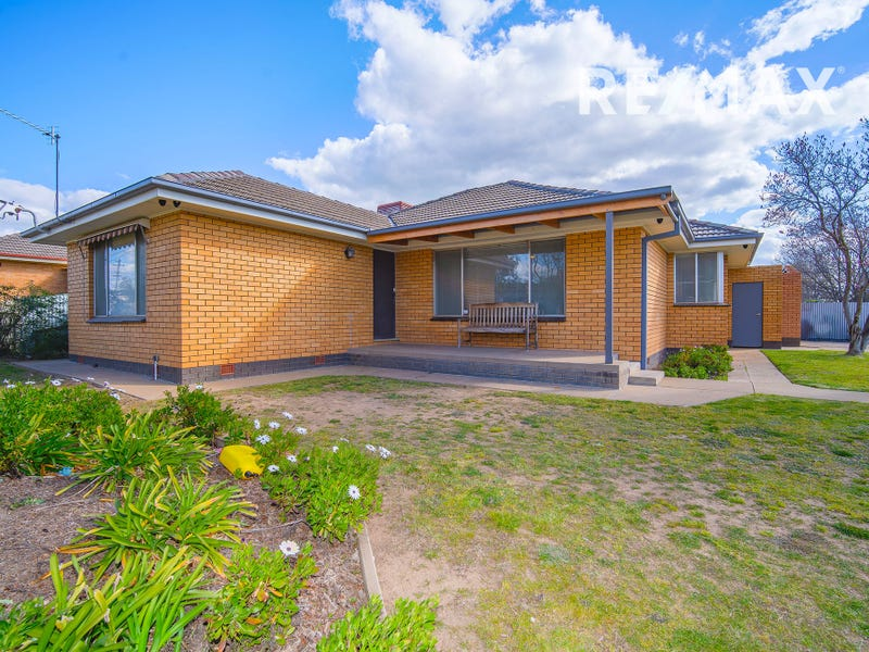 20 Martin Street, Tolland, NSW 2650