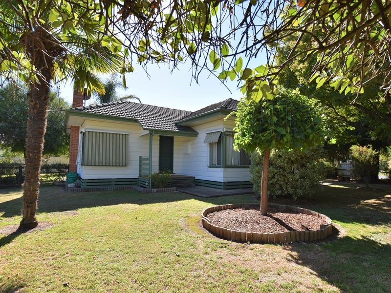37 Lawrence Street, Myrtleford, Vic 3737