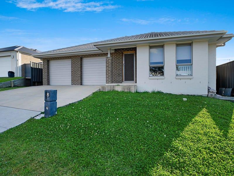 8 & 8a Sandridge Street, Thornton, NSW 2322