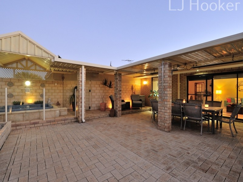 13 Bonnydoon Court, Cooloongup, WA 6168