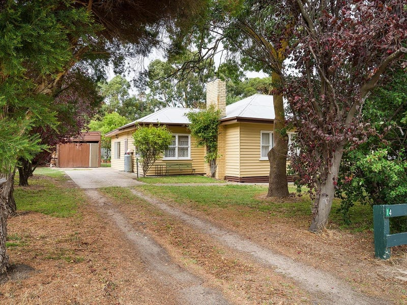14 Thompson Street, Elphinstone, Vic 3448