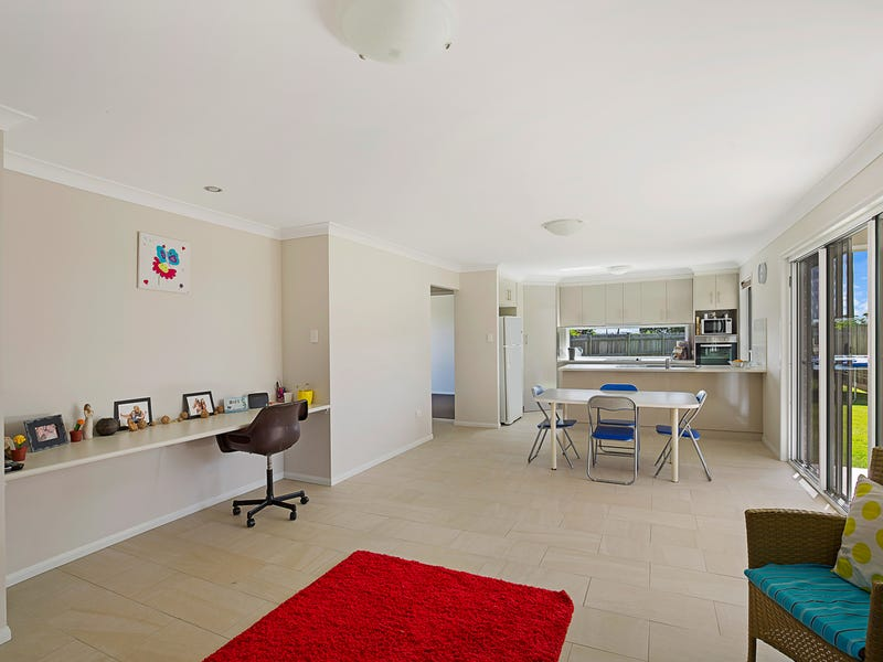 2/7 Pendrea Close, Kleinton
