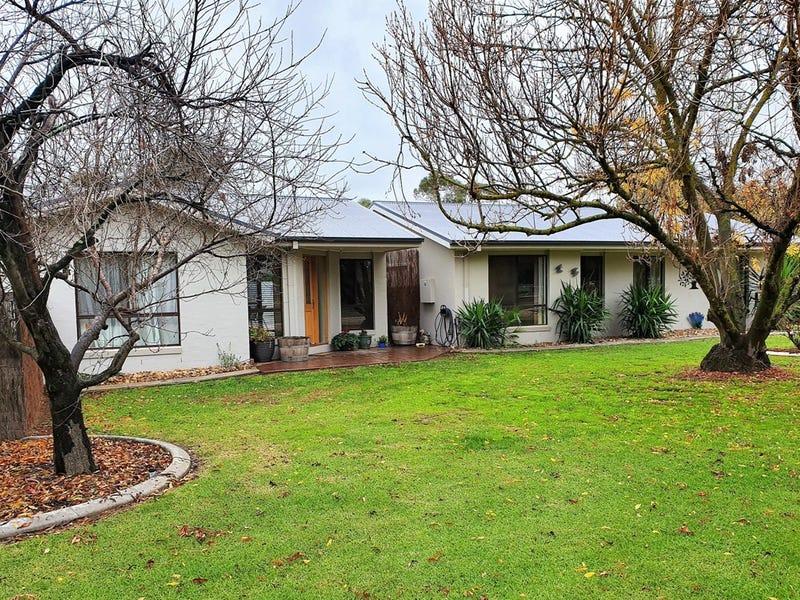 87 Hume Street, Howlong, NSW 2643