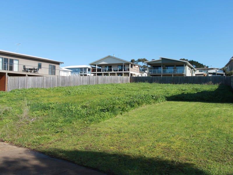 10 Lomandra Drive, Cowes, Vic 3922