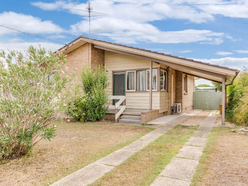 17 Segenhoe Street, Woodberry, NSW 2322