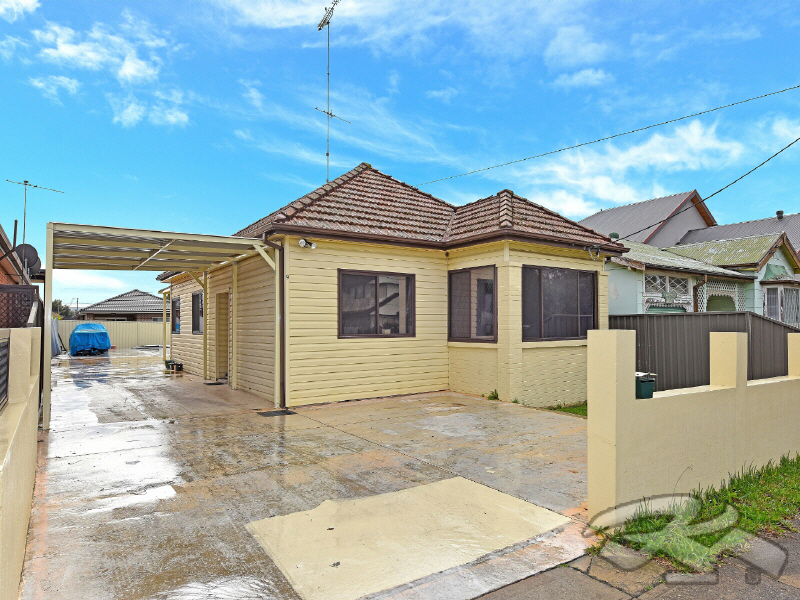 9 Mimosa St, Granville, NSW 2142
