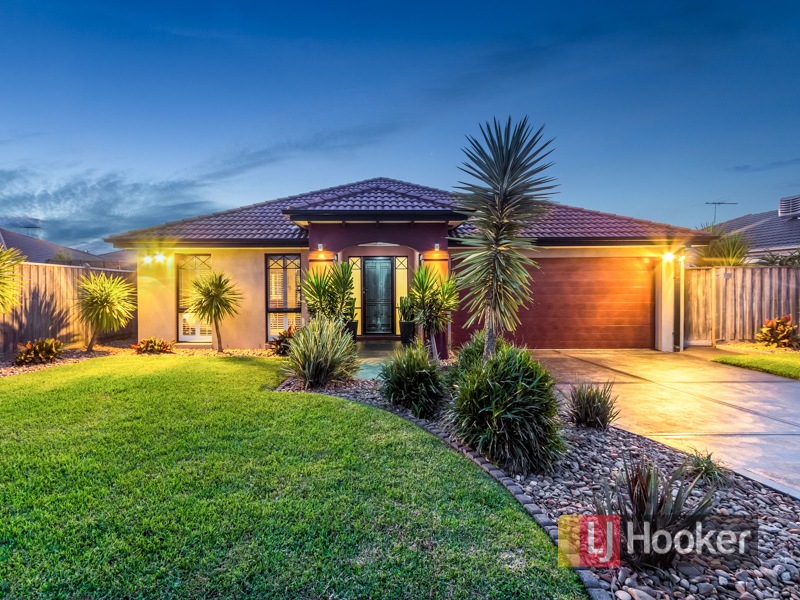 17 Yorkshire Drive, Cranbourne North, Vic 3977