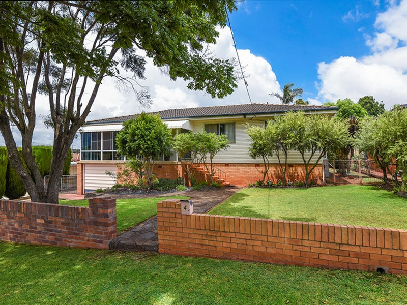 4 Loch Street, Centenary Heights, Qld 4350