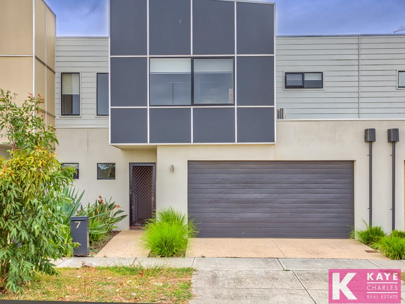 7 Officedale Road, Officer, Vic 3809