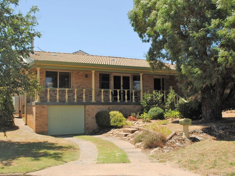 18 Parker, Crookwell, NSW 2583
