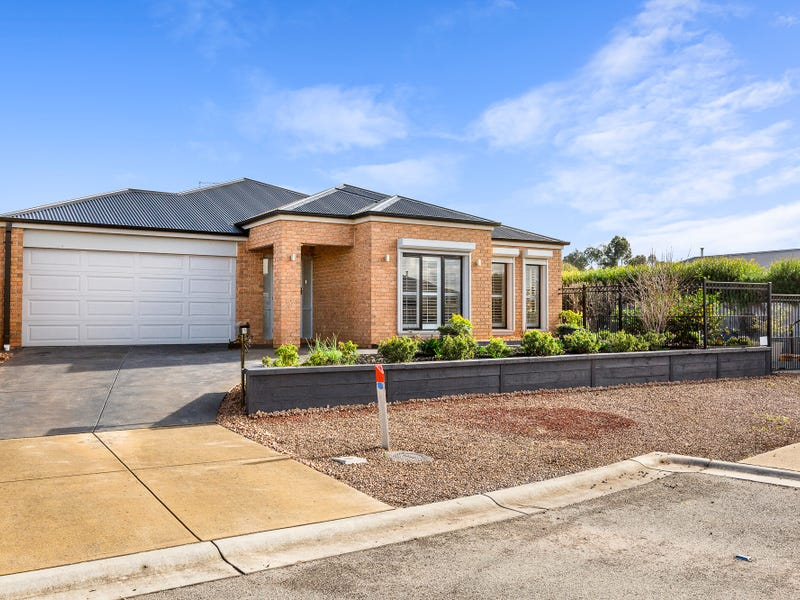 6 Emily Place, Hastings, Vic 3915