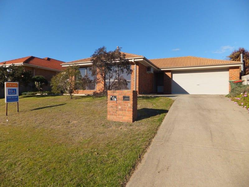 64 Balmoral Crescent, Bairnsdale, Vic 3875
