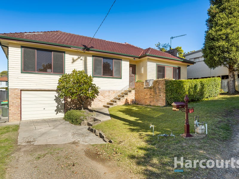 39 Beath Crescent, Kahibah, NSW 2290