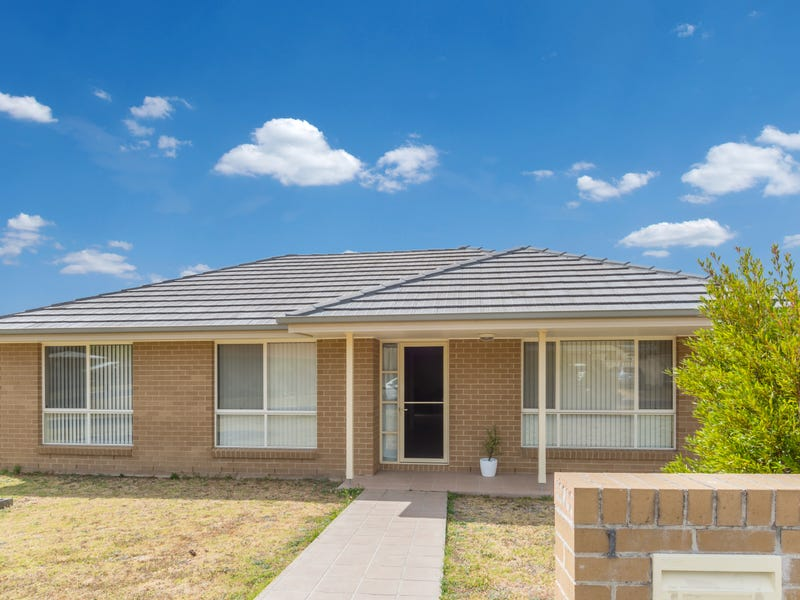 1/1 Palm Lilly Close, Worrigee, NSW 2540