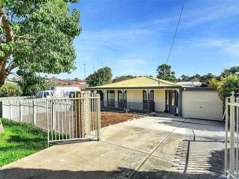 65 Canterbury Road, Victor Harbor, SA 5211